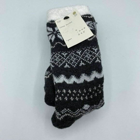 A New Day Women's Holiday Crew Socks Size 4-10